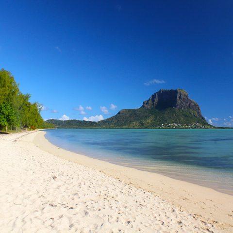 Mauritius-Spiaggia di Flic en Flac-Clara Travels