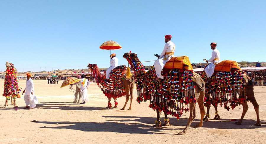 Abu Dhabi-Al Dhafra Festival